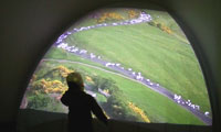 Eike: Contraction, single channel video projection on 1/8 sphere, 2005, photo: Zolt�n Kerekes, Budapest Gallery, 2005